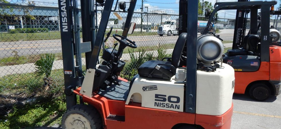 Used Nissan Fork Truck